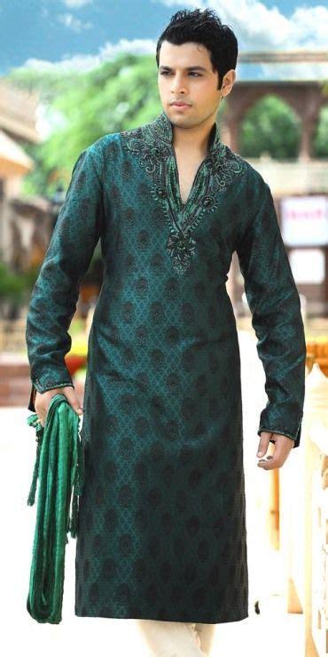 1000  ideas about Mehndi Dress on Pinterest   Pakistani