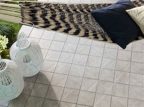 piastrelle 15x15 gres porcellanato per esterni 15x15 badia iperceramica