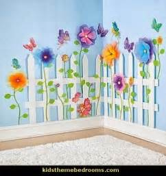 How To Decorate A Room With Flowers 25 Best Ideas About Butterfly Bedroom On Pinterest