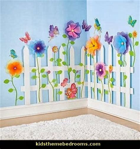 Picket Fence Bedroom Decorating Ideas by 25 Best Ideas About Butterfly Bedroom On