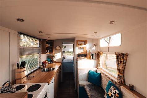 cool stay   week  restored  caravan