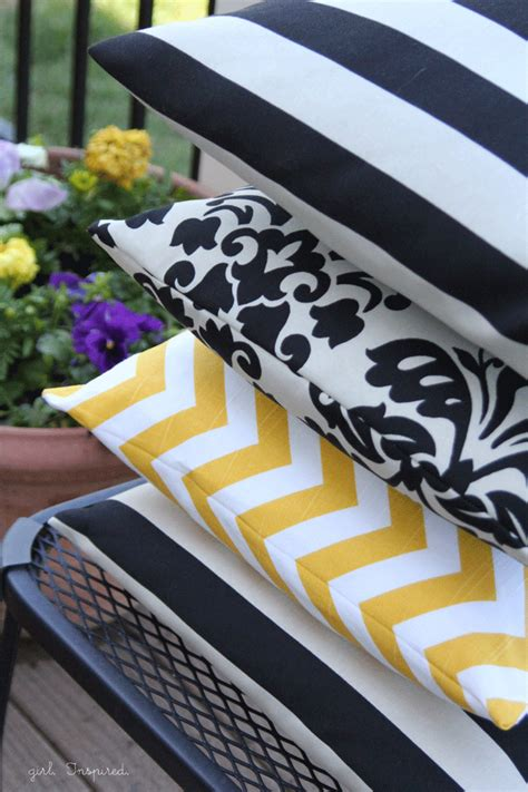 Easy To Make Pillows by How To Make A Pillow Simple Sewing Inspired