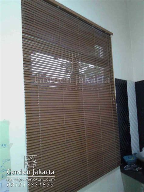 Jual Sho Metal Di Jakarta jual venetian blind di blinds jakarta blinds jakarta