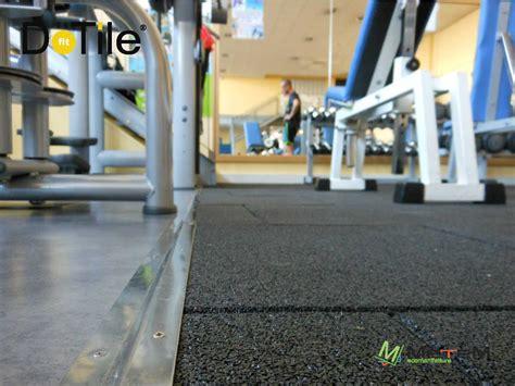 pavimento per palestra pavimentazioni per impianti sportivi indoor le soluzioni