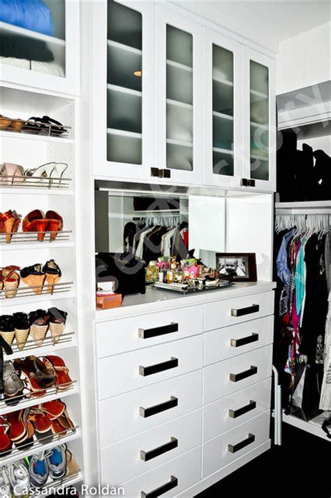 schrank lustig white modern walk in closet modern closet miami