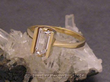 bergkristal ab 130 mm goldring puristisch gold 333 bergkristall gr 53 5