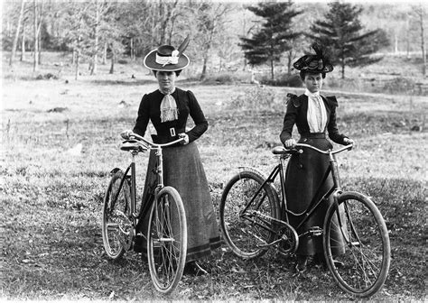 womens bike riding women on the move cycling and the rational dress movement