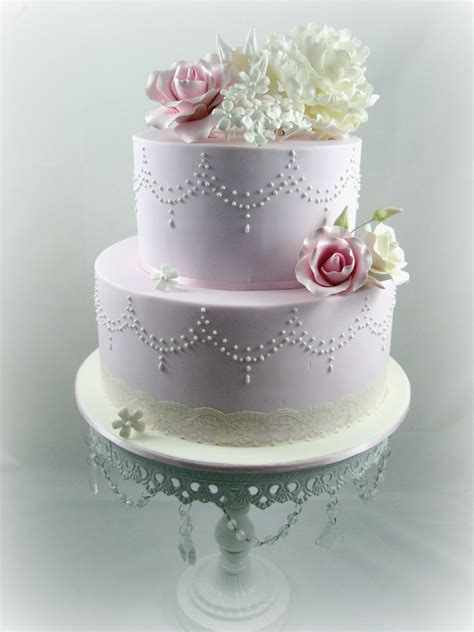 Wedding Tier Cake by Cakes For Wedding Cakes 2 Tier Garlands