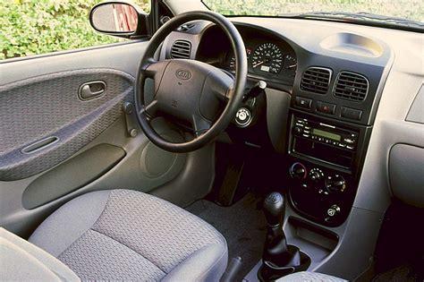 auto manual repair 2002 kia rio seat position control 2001 05 kia rio consumer guide auto