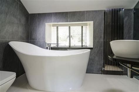deep bathtubs uk 1000 ideas about bathtubs for sale on pinterest wrought iron whirlpool tub and basins