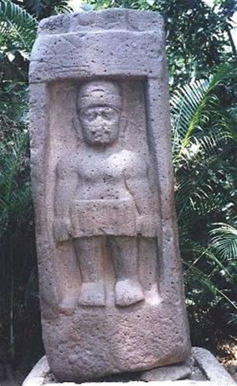 imagenes de figuras olmecas escultura estelas relacionadas al juegos de pelota