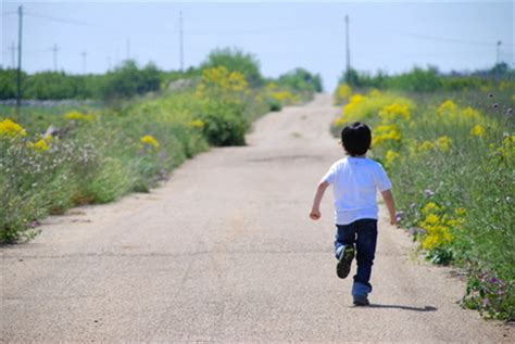 i want to walk as a child of the light got autism want your child to be safe outside here s how