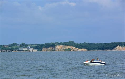 pontoon boats yankton sd quot boating on the missouri river lewis and clark recreation