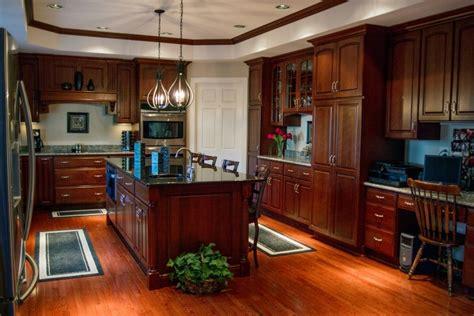 monarch custom cabinetry il