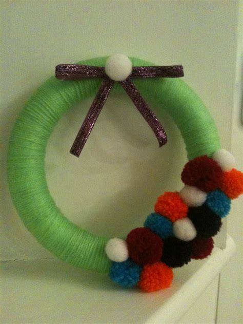 alternative christmas wreath polystyrene base  wool covering  pom poms easy
