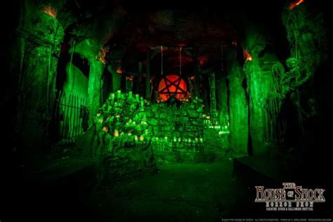 scariest haunted houses in america scariest haunted houses in america