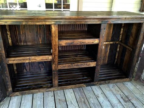 center of woodwork rustic styled pallet entertainment center 101 pallet ideas