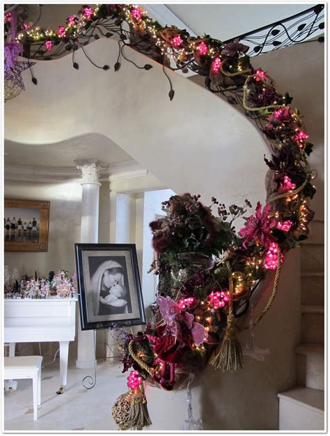 banister christmas ideas 30 attractive staircase christmas decorations ideas