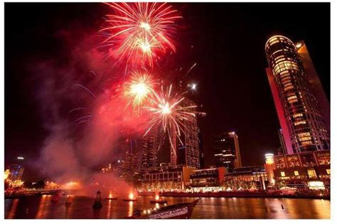 new year fireworks crown melbourne free new year festivals in melbourne 2016 melbourne