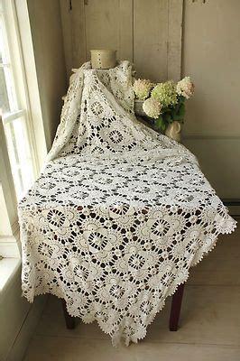 details  vintage french  crochet textile