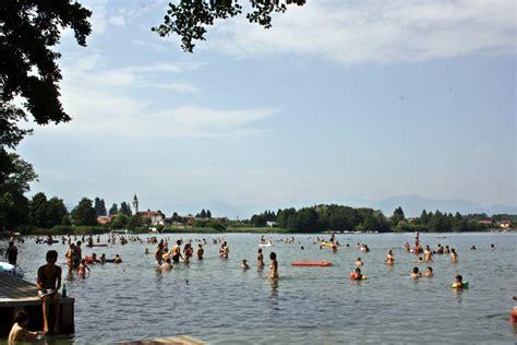 la di monate le spiagge lago di monate balneabili e attrezzate