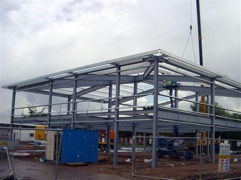 costo capannone in acciaio carpenteria metallica industriale preventivi fornitura