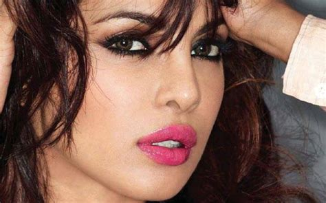 priyanka chopra hollywood full movie priyanka chopra reveals the reason she signed baywatch