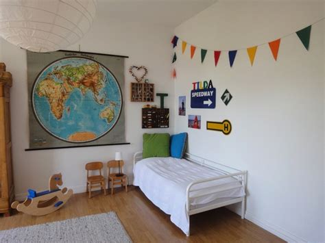 maps for rooms decorating with maps and globes