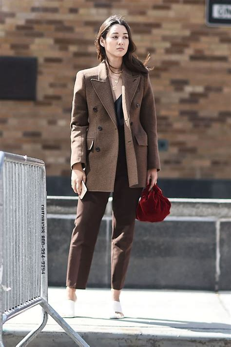 colors that go with 7 colors that go with brown whowhatwear