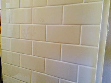 subway tile 3x6 off white 35 sq ft victoria city victoria