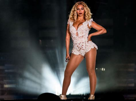 beyonce s beyonce full hd wallpapers high quality pictures downloads