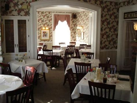 victorian house cheshire ct charming dining picture of victorian house restaurant cheshire tripadvisor