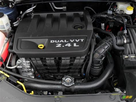 2 4 Liter Chrysler Engine by 2011 Chrysler 200 Limited 2 4 Liter Dohc 16 Valve Dual Vvt