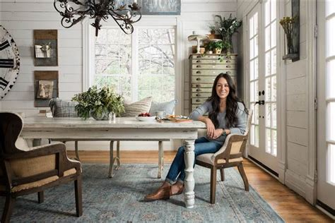see how hgtv stars chip joanna gaines decorate for the holidays fixer upper s joanna gaines launches rug line for loloi