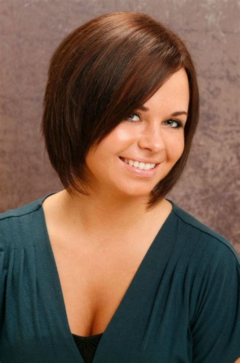 hairstyles for women with small faces short haircuts for women with round faces hair style and