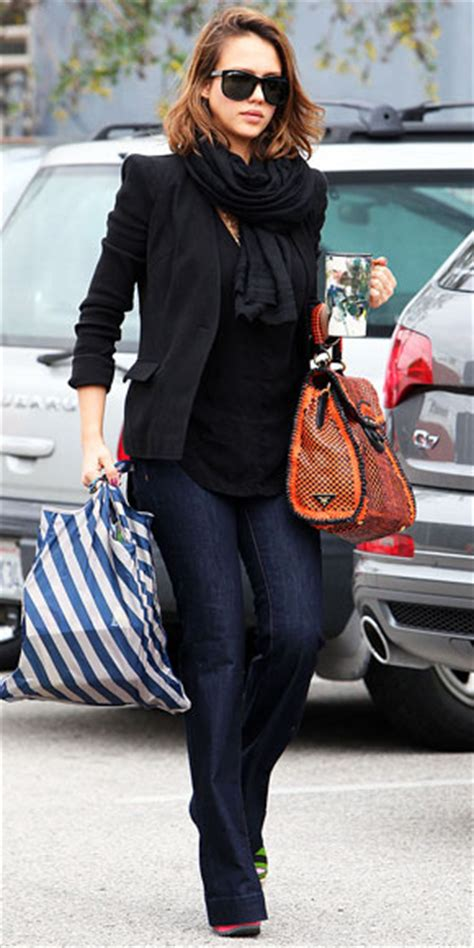T2b Spotting The Black Ensemble by Pregnancy Pics Alba S Maternity Style