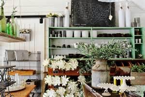 Magnolia Chip And Joanna hello magnolia market thistlewood farm