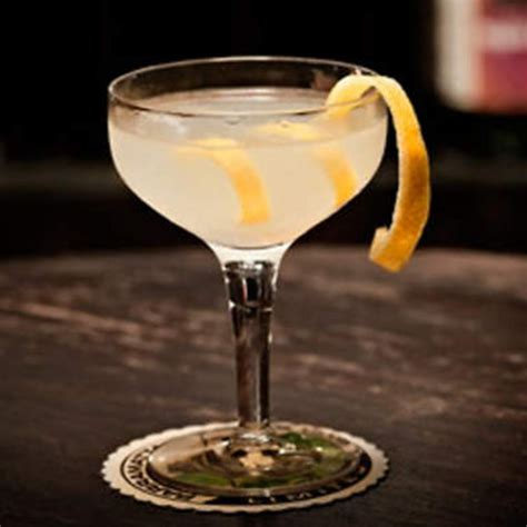 french 75 recipe french 75 gin cocktail with chagne recipe origins