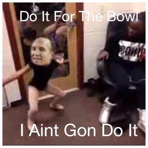 Peyton Manning Super Bowl Meme - funniest memes the struggle of lefties memes