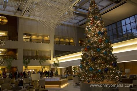 craft kc crown center 15 fun things to do during a kc christmas getaway ohmy