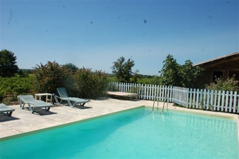 chambre d hote cyprien plage chambre hotes richerenches plage vigne locations 224