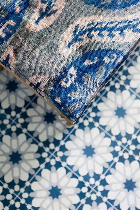 suzani bench suzani bench blue mosaic tiled floor