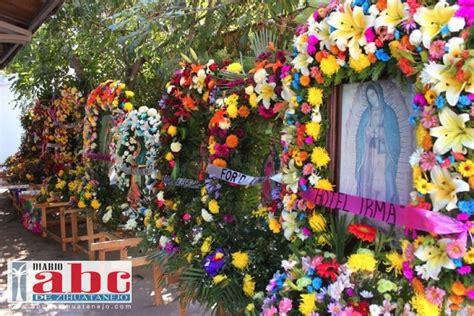 imagenes de arreglos florares virgen de guadalupe feligreses olvidan decenas de im 225 genes en la iglesia 193 ngelus