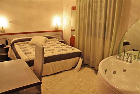 last minute rooms 3 hotel with budget rooms in rimini discover our air conditioned rooms and free wi fi