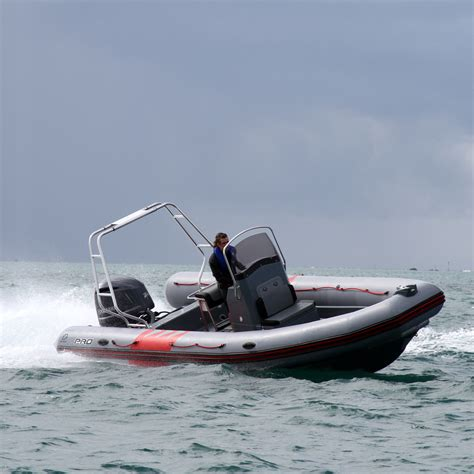 zodiac tow boat pro 750 zodiac nautic inflatable and rigid inflatable