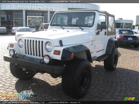 1997 Jeep Sport 1997 Jeep Wrangler Sport 4x4 White Photo 2