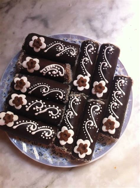 How To Decorate Brownies by Image Gallery Decorated Brownies