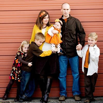 family picture color ideas picture ideas