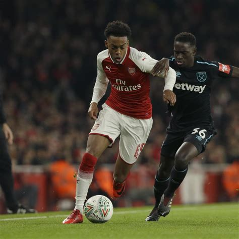 arsenal west ham carabao danny welbeck leads arsenal past west ham united into