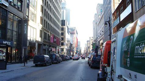 filecars  rue sainte catherine montreal